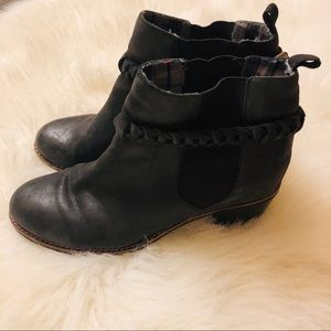 Sperry black ankle boots AS IS